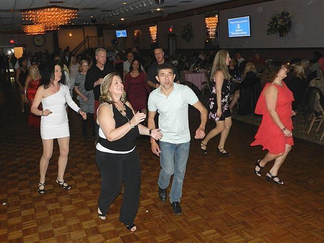 singles dances in ct